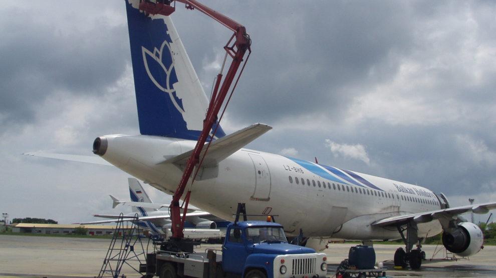 Брандиране на самолети